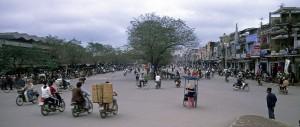 Straßenverkehr in Hue