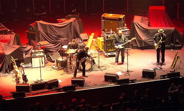 Royal Albert Hall: Andy Fairweather Low & The Low Riders