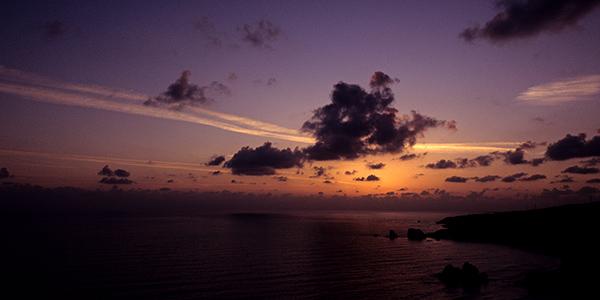 Sonnenuntergang über dem Felsen der Aphrodite