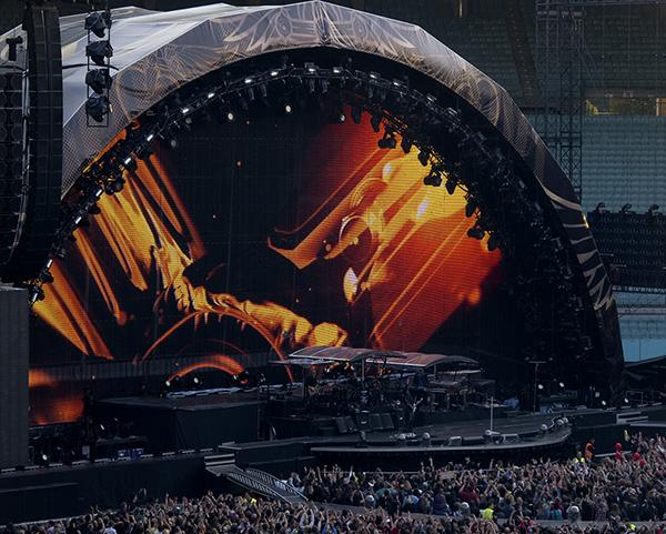 Ernst-Happel-Stadion: Bon Jovi - Intro