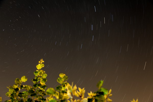 Sternenhimmel (in Richtung Nordosten) (Belichtungszeit: 862 s)