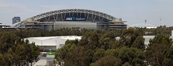 Blick vom Hügel: Sydney Olympic Park mit dem ANZ Stadium