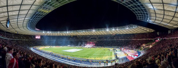 Olympiastadion Berlin, 17. Mai 2014, nach dem Goldschnipselregen