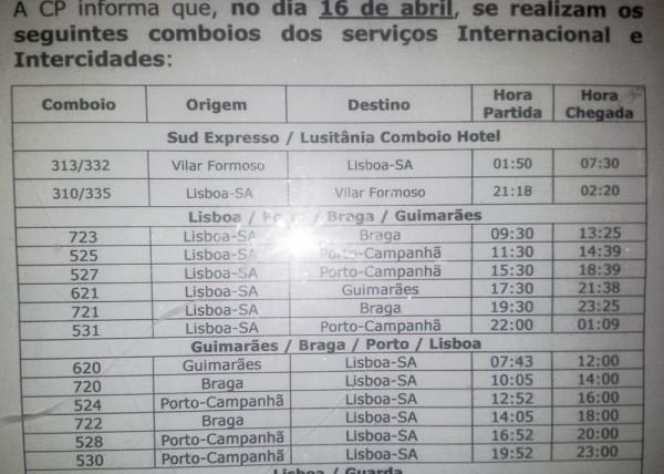 Aushang Estação do Oriente Lissabon