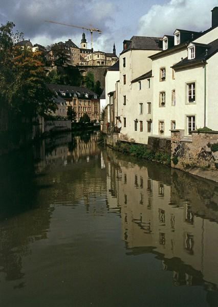Luxemburg: Unterstadt Grund, Alzette und Oberstadt mit St. Michael