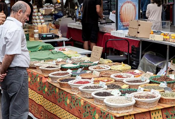 Markt auf dem Place des Prêcheurs in Aix-en-Provence