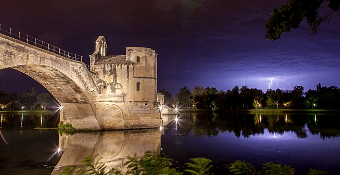 Pont d'Avignon über die Rhone
