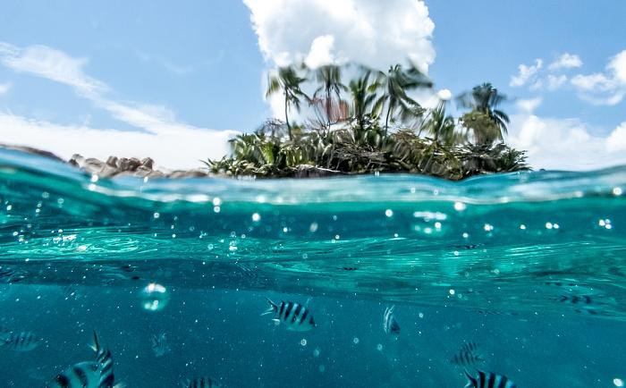 Blaues Wasser - Île St. Pierre, Indischer Ozean