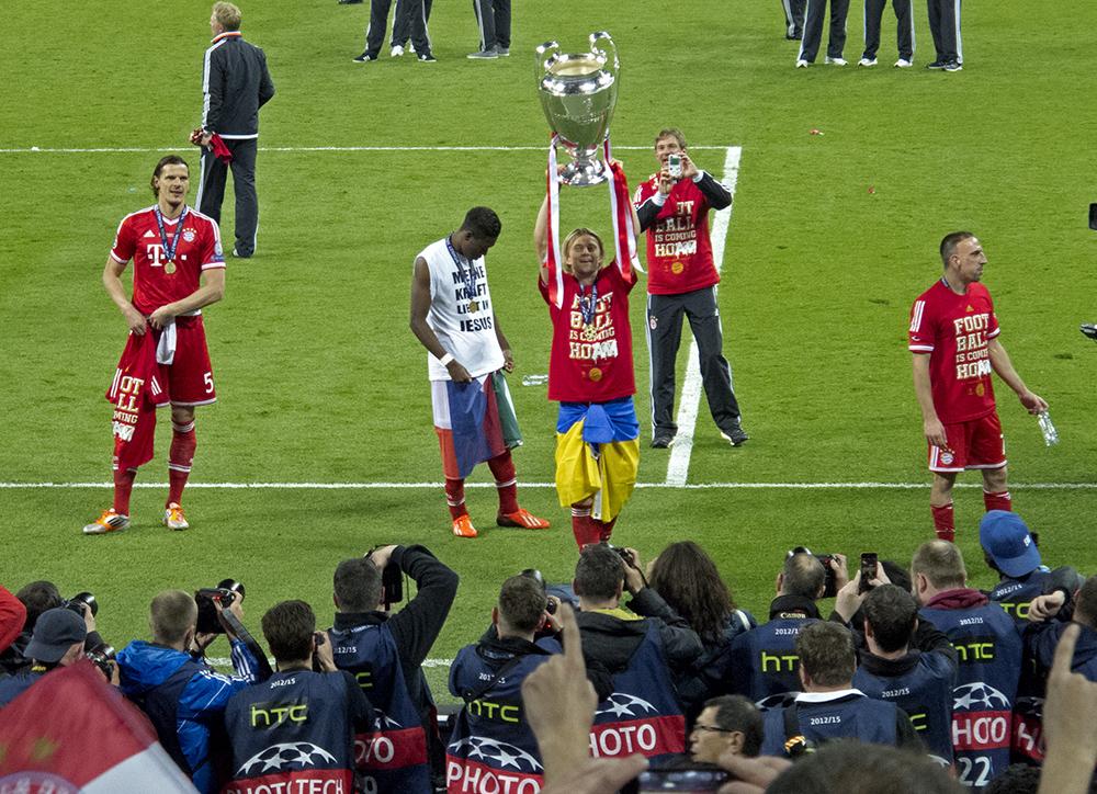 Wembley-Stadion (Wembley Stadium) London 2013: Nach dem UEFA Champions League Finale FC Bayern München - Borussia Dortmund
